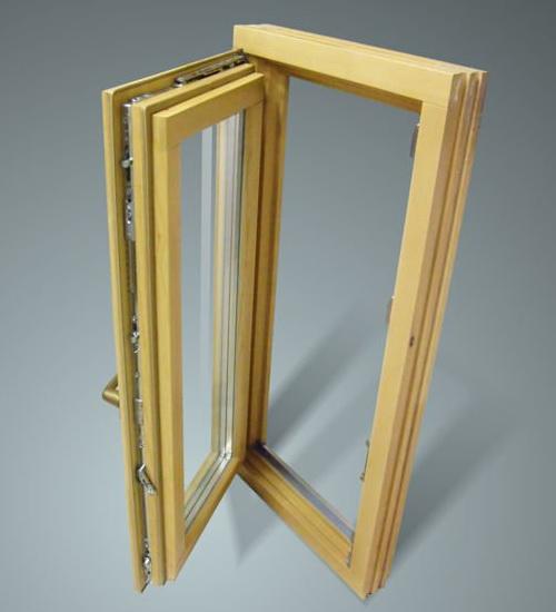 Внешний вид современного деревянного окна со стеклопакетом