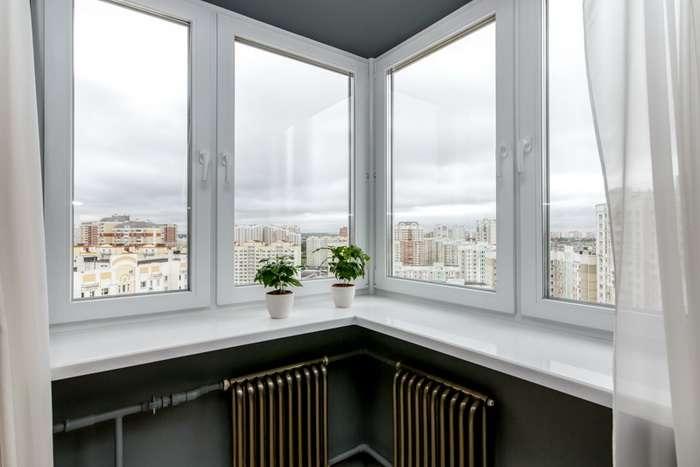 угловые ПВХ окна частного дома