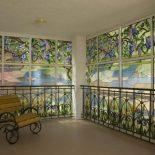 Витражные окна в интерьере дома