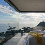 Французские окна в пол в интерьере частного дома