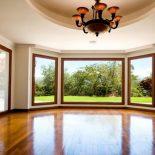 Дом с остеклением панорамными окнами